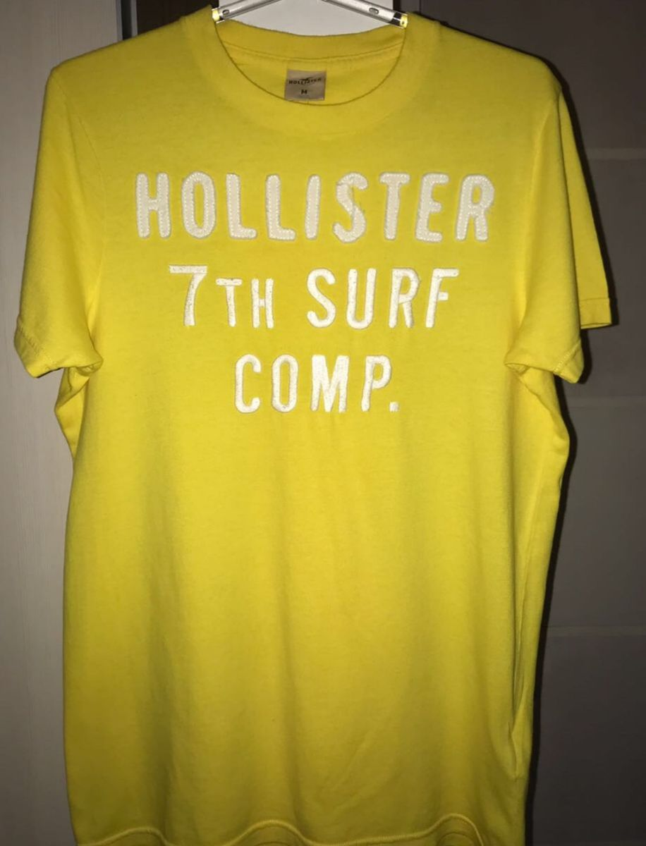 79c3222cbf 2 camisetas da hollister amarelo e verde - camisetas hollister