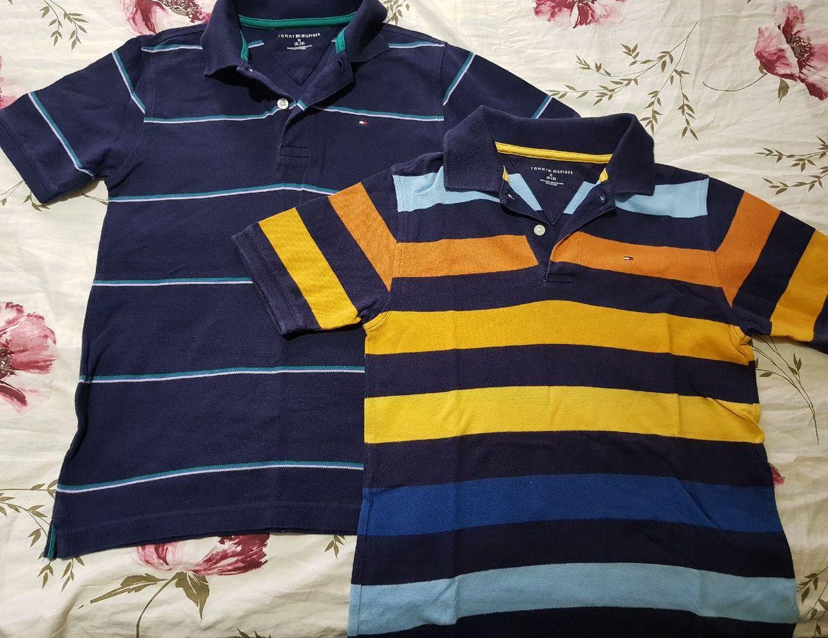 6962a0bed 2 Camisetas Polo, Tommy Hilfiger, Tam 8/10, Predomina a Cor Azul ...