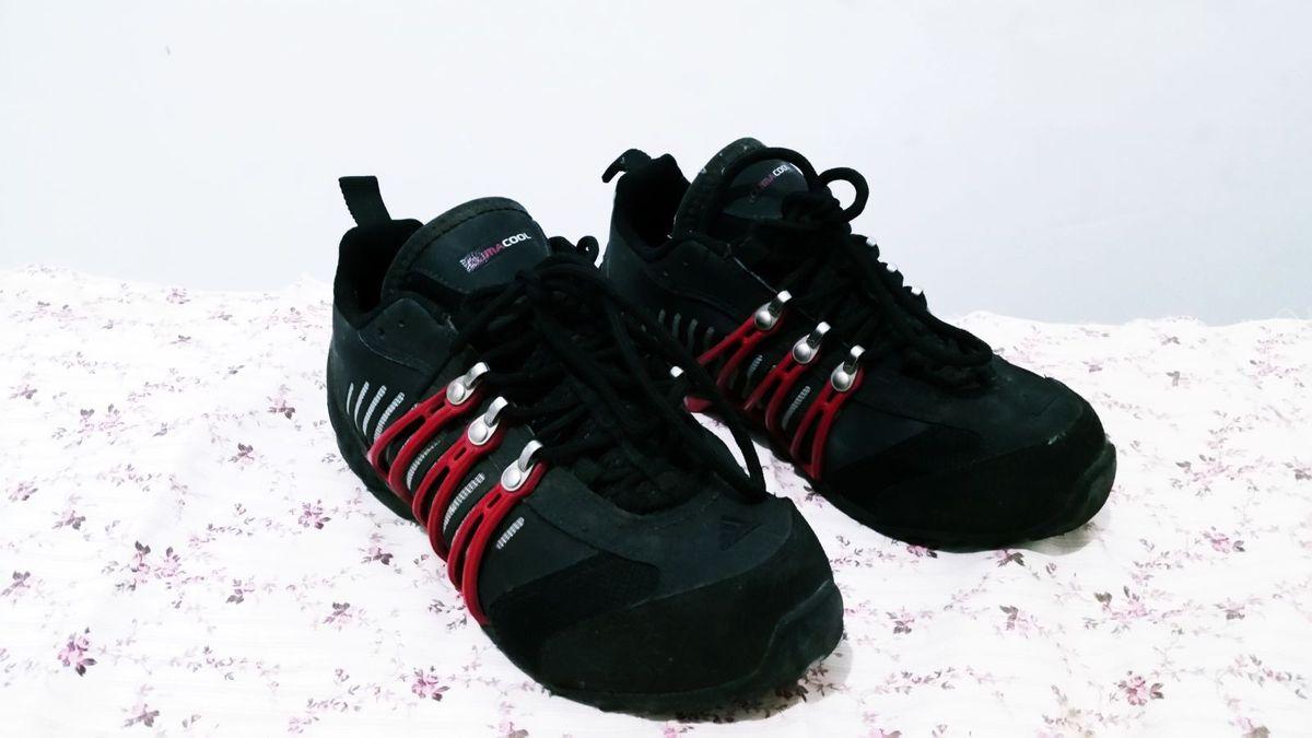 fa331346292 adidas hellbender - tênis adidas.  Czm6ly9wag90b3muzw5qb2vplmnvbs5ici9wcm9kdwn0cy8xmdexmjqvnzg5yjnhztm5nzeyztm3zjk0ntg1mtnmmmu1mmq3mgyuanbn