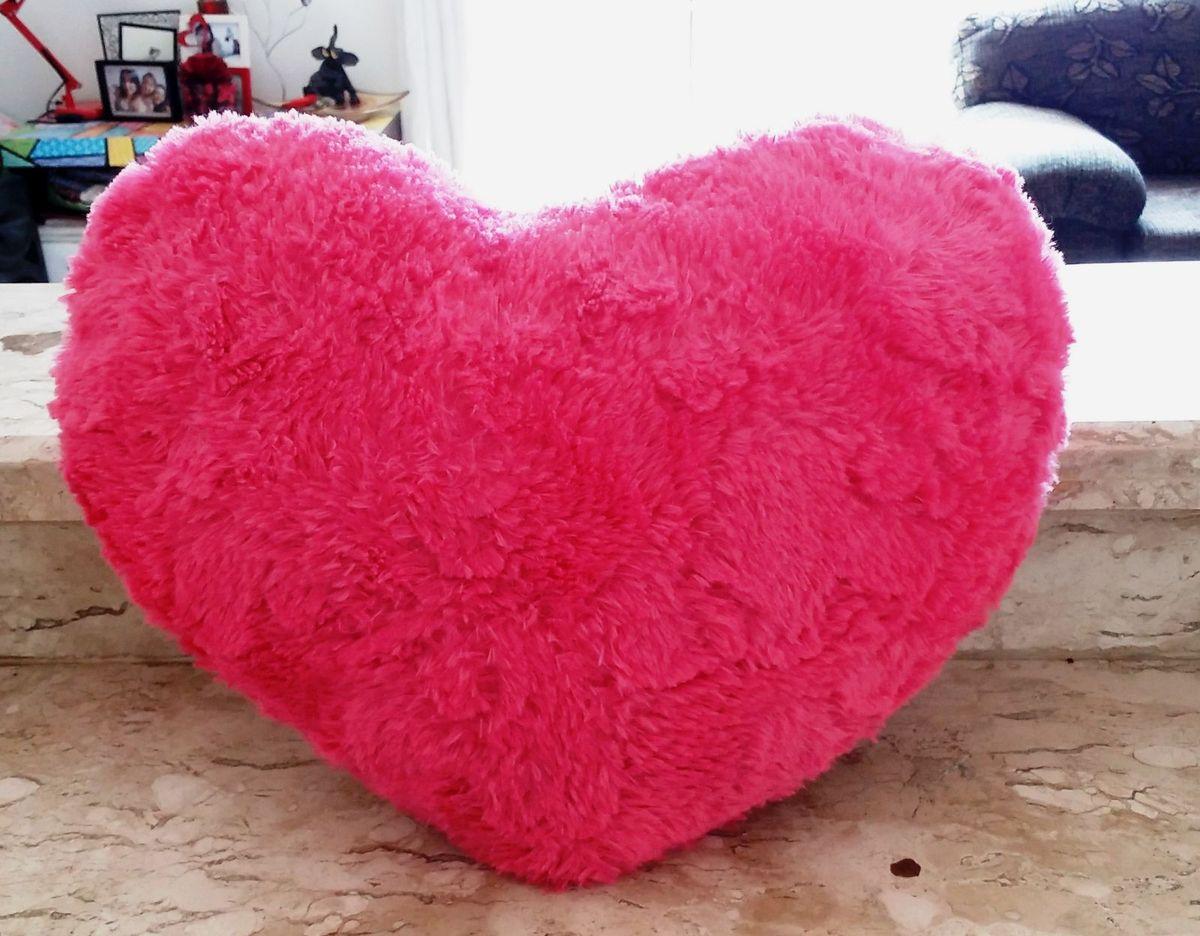 a5339501fd4bc3 Almofada coração pelúcia rosa