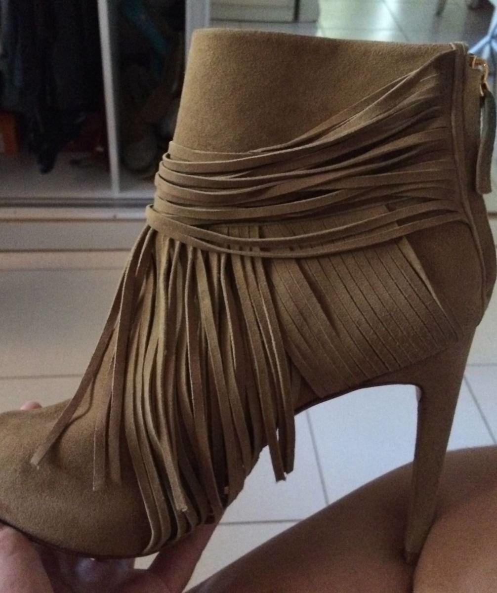 833b6bce3f ankle boot de franja - botas animale.  Czm6ly9wag90b3muzw5qb2vplmnvbs5ici9wcm9kdwn0cy82mdy3mdkwl2nkmzdkywrimwnjnjbmnzjhmmi5zgm0ywuxnjg2mzzklmpwzw