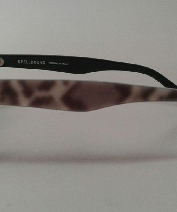 Armação Acetato Preto Gatinha para Óculos de Grau Spellbound Italiano    Óculos Feminino Spellbound Usado 30671308   enjoei dc49429de1