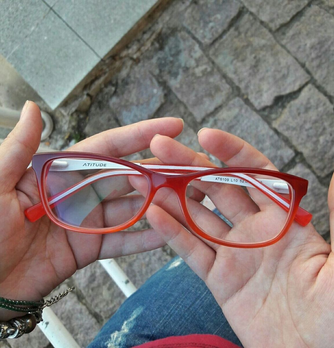 d7946720064f2 armação de óculos vermelha - óculos atitude.  Czm6ly9wag90b3muzw5qb2vplmnvbs5ici9wcm9kdwn0cy81mzqwmzq3lzi4zgmxmzg5mjk2zjq2mjyzyjuzndllm2flnwvkm2i3lmpwzw  ...