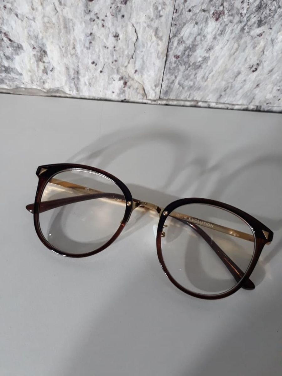 armação dior redondinha marrom - óculos dior.  Czm6ly9wag90b3muzw5qb2vplmnvbs5ici9wcm9kdwn0cy85ndyxnja2lzdjnjaznwexnja1y2ywmwi1nde4mdmxngewmdqwmwfjlmpwzw  ... 816c4c1044