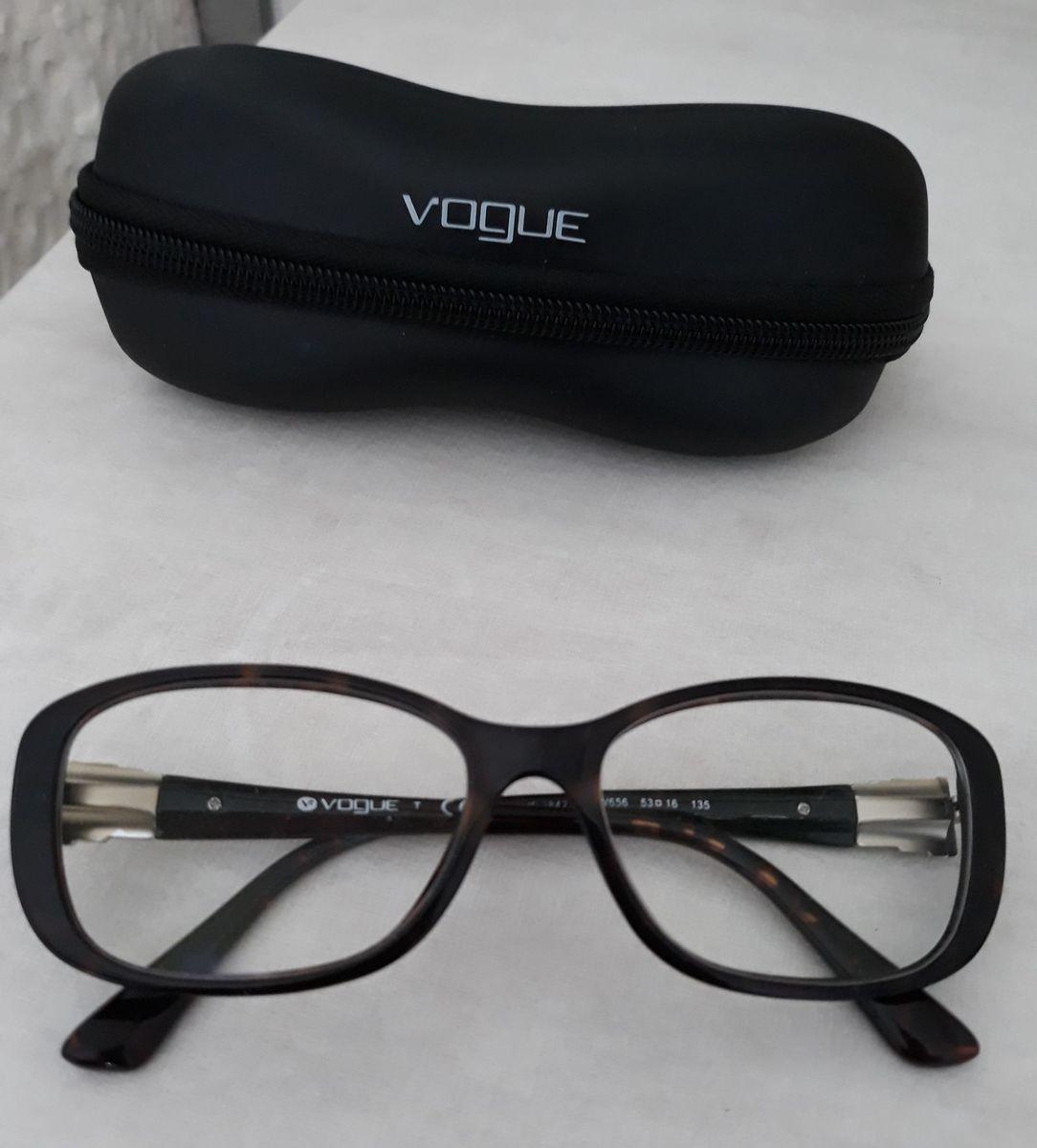 cbe62edd5e0e3 armação óculos de grau vogue - óculos vogue.  Czm6ly9wag90b3muzw5qb2vplmnvbs5ici9wcm9kdwn0cy83nzu0ntuzlzg5ndgyotq2njy2zty4n2y4mtq0m2q0odi3ndlhnzq0lmpwzw  ...