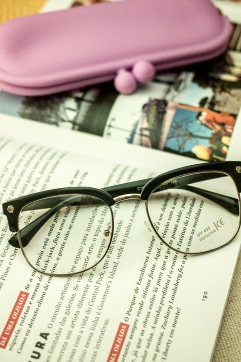 armação para oculos de grau - óculos me.  Czm6ly9wag90b3muzw5qb2vplmnvbs5ici9wcm9kdwn0cy8xmdgznjuvytmzyzdkzmq5ntexnzu1ytvim2rkymrkywy3nzm5ywuuanbn  ... ba9942c24b