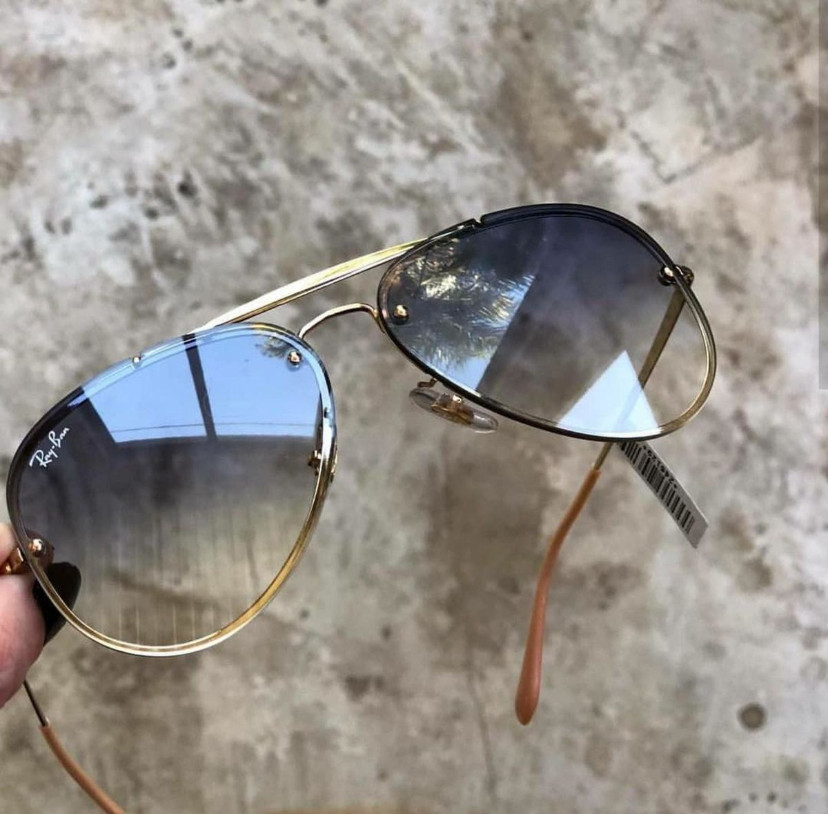 aviador blaze azul degrade - óculos ray-ban.  Czm6ly9wag90b3muzw5qb2vplmnvbs5ici9wcm9kdwn0cy81mtexodcvztywmdcxnjizmdnmmdlkyzbhyjiwndrmywziodu5nwiuanbn  ... f1590dc783