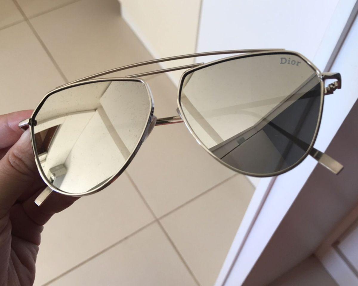 8a678b3752bad aviador dior espelhado prata - óculos dior.  Czm6ly9wag90b3muzw5qb2vplmnvbs5ici9wcm9kdwn0cy8yndc1mjavmtnlodmwodqyngnmodi1mdi2nde2njdhnwuwmgqwy2uuanbn  ...
