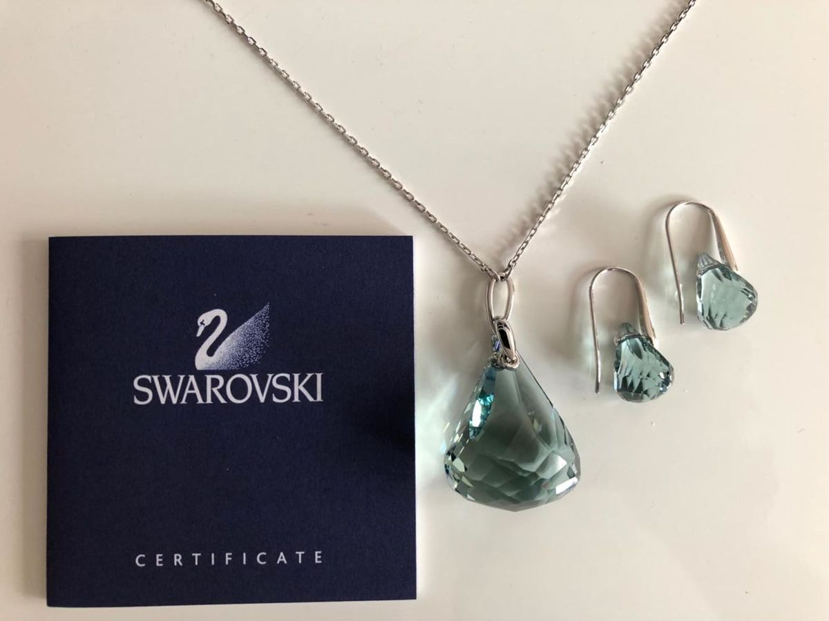 a0e8754af81fa azul é a cor mais quente - jóias swarovski.  Czm6ly9wag90b3muzw5qb2vplmnvbs5ici9wcm9kdwn0cy85mza1os84mtq3ztyznmexmmeymzc3mzuxmgi0ndm3n2uxmweyni5qcgc  ...