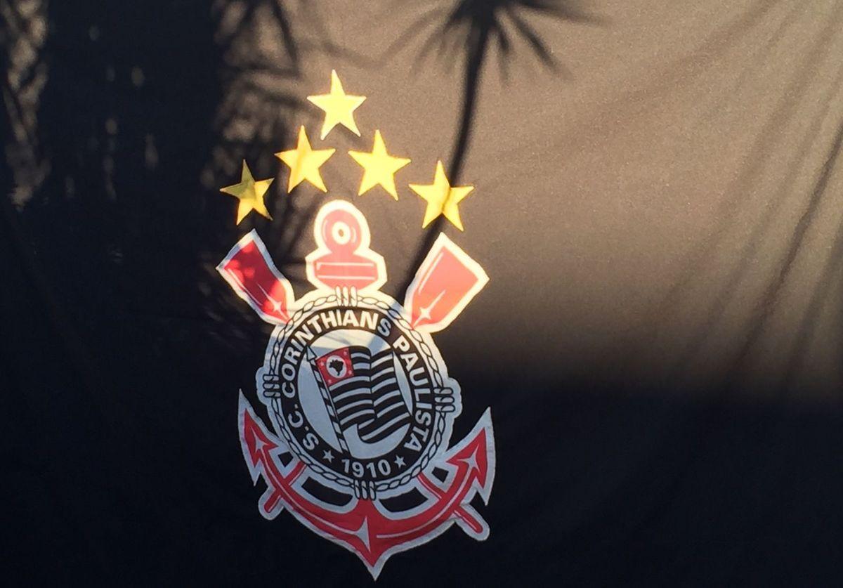 Bandeira do Corinthians  6e4c1fe6054f5