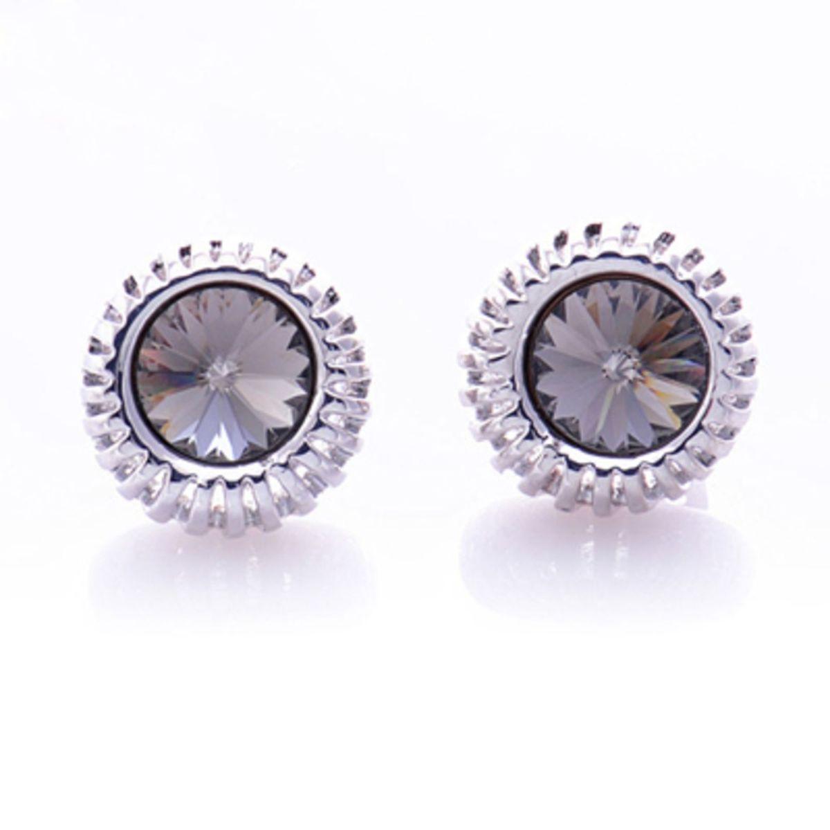 brinco cristal swarovski - bijoux materiale.  Czm6ly9wag90b3muzw5qb2vplmnvbs5ici9wcm9kdwn0cy8ymzqwotgvytg1ymjlyzg1yjq5nzhjmjcymdk3yje5n2ixodkxmjguanbn  ... 93c87d7173