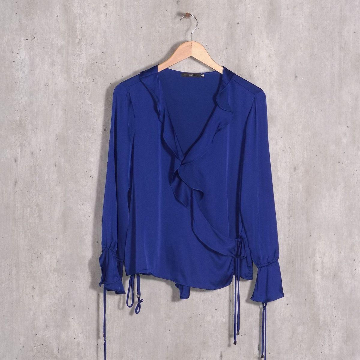 005a32fbd8 Blusa Azul Royal Cetim Tvz
