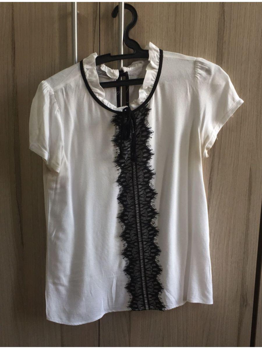 6ad9b04cf4 blusa branca e preta com renda - blusas cafelatte