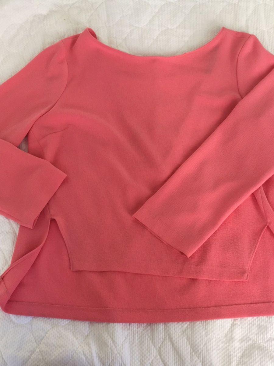 372409d770 blusa crepe de seda cor salmão - blusas zara.  Czm6ly9wag90b3muzw5qb2vplmnvbs5ici9wcm9kdwn0cy82mdazodc4lzljogu1ytgzy2e4nduznwyxogm5mtuzmjm5zmu5owixlmpwzw