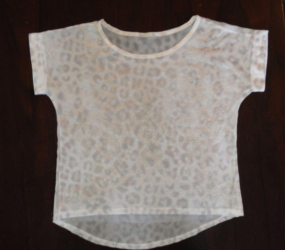 1a2e7d1139 blusa de crepe com estampa em relevo - blusas love