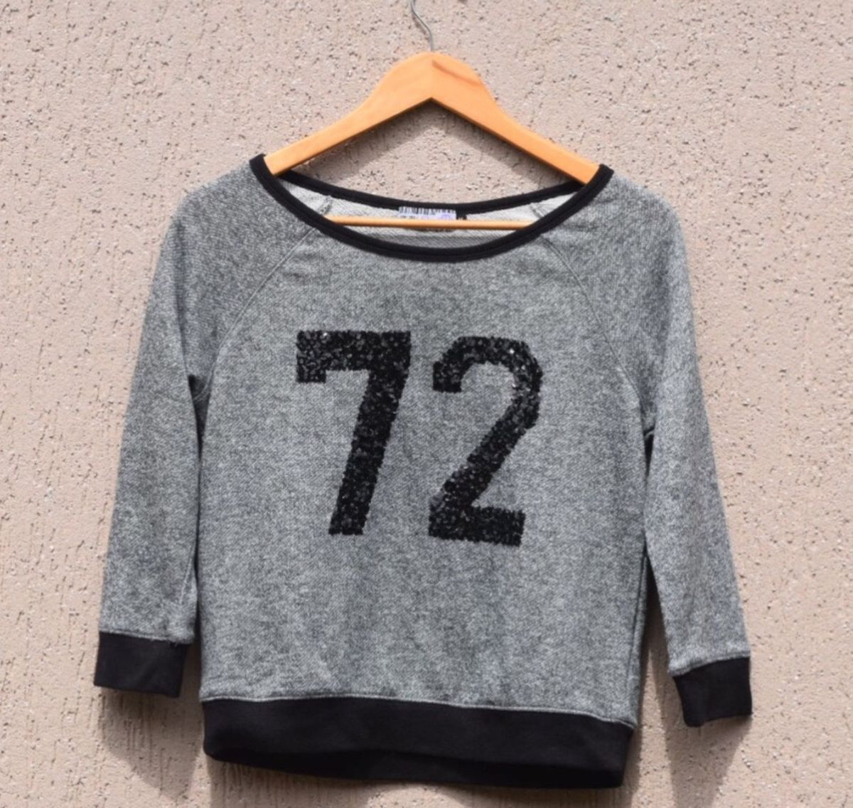 401ab1e01f blusa de frio curta - blusas emme.  Czm6ly9wag90b3muzw5qb2vplmnvbs5ici9wcm9kdwn0cy83ntuxmtiwlzc4y2y2ztzmnzyxndniymm4nwq2yzy0mzizowu1ndeylmpwzw