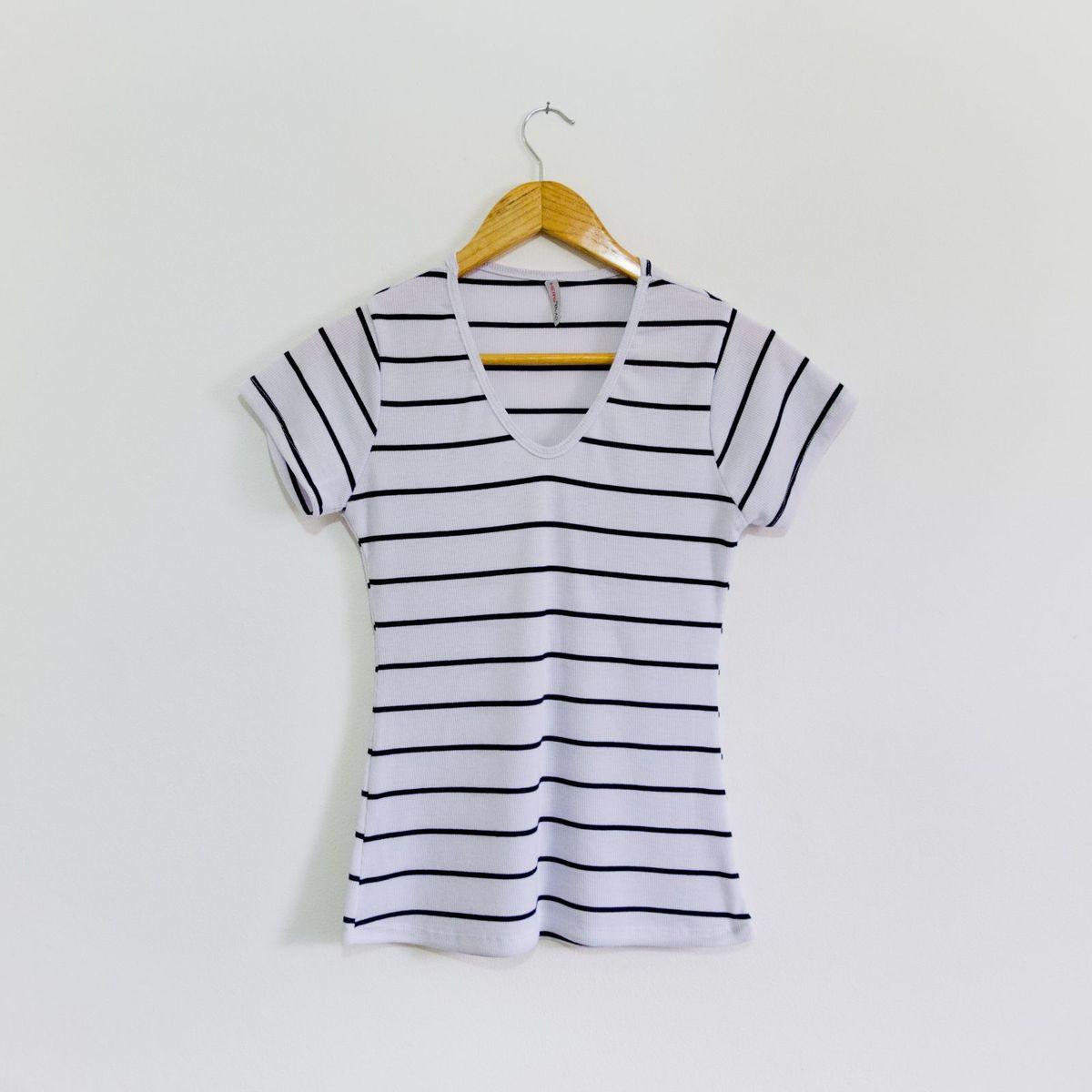 blusa de listra preta e branca - blusas sem marca