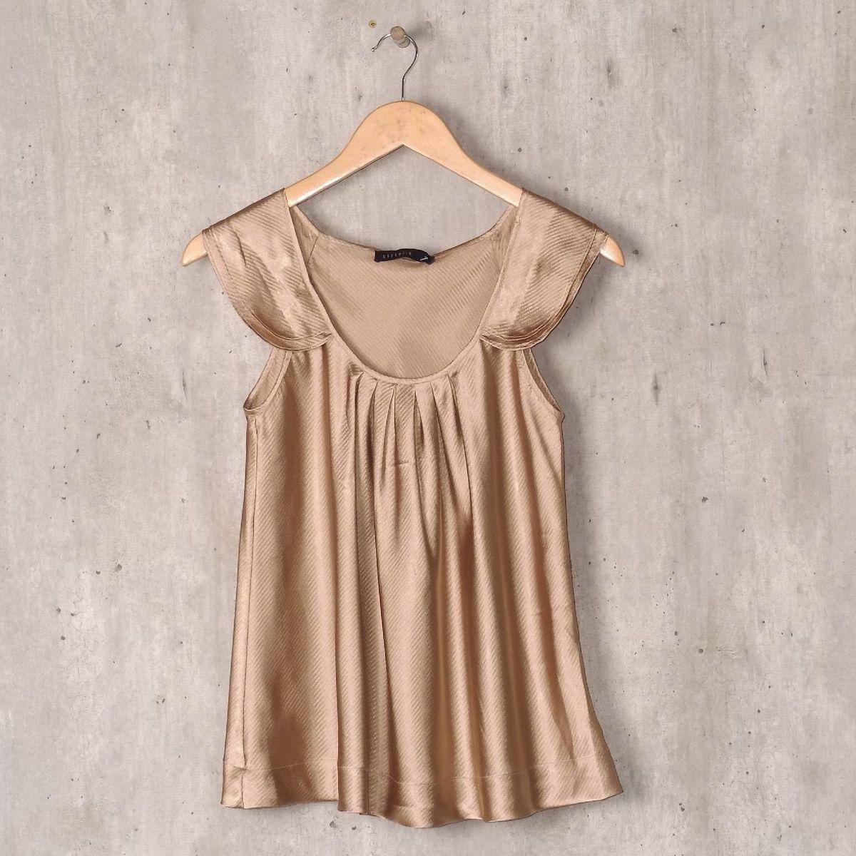 445e1fb23 blusa dourada de cetim - blusas cortelle.  Czm6ly9wag90b3muzw5qb2vplmnvbs5ici9wcm9kdwn0cy84mju4mdu2lzuymzq1ytkwmdc4ytdmnde0zdczyzdkodi5zwizmgu1lmpwzw  ...