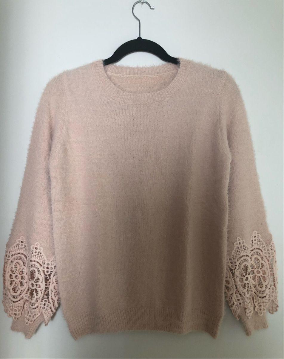 blusa pelinho com detalhes de renda na manga - blusas sem marca