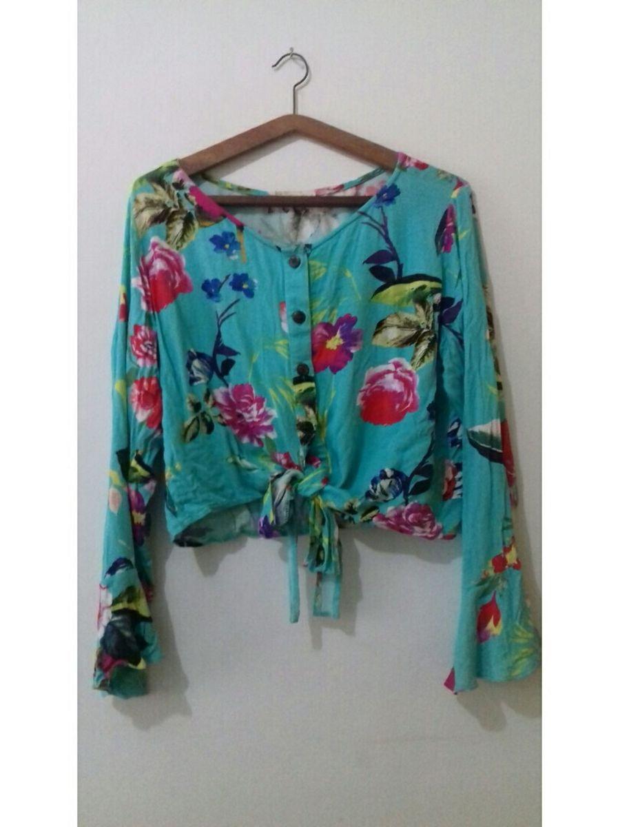 1e311d9c17 blusinha estampada com amarração na frente e manga ciganinha - blusas sem  marca