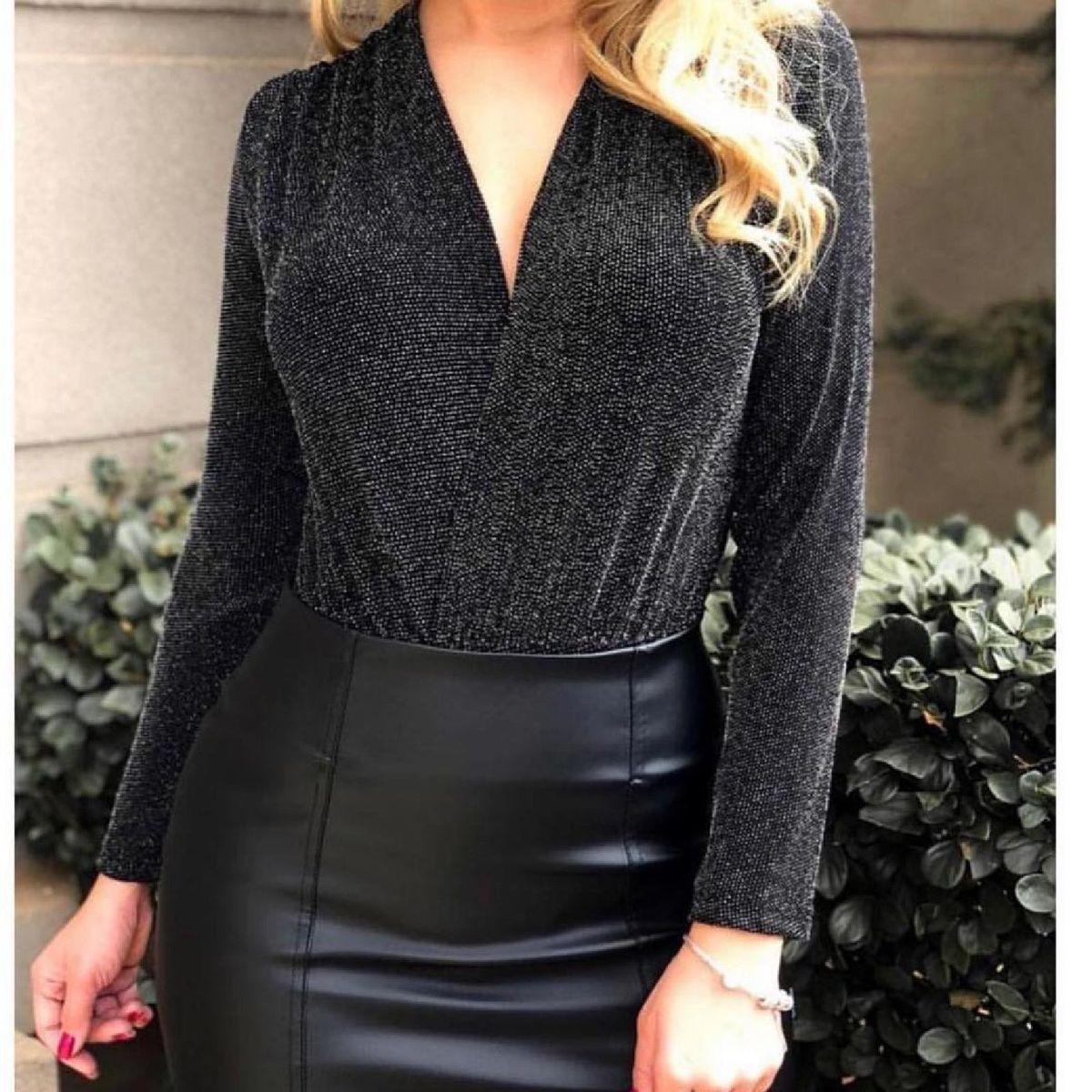 body lurex luxo - blusas sem marca