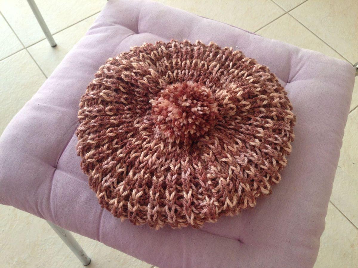 4771ee4c854eb boina francesa em trico - chapeu handmade.  Czm6ly9wag90b3muzw5qb2vplmnvbs5ici9wcm9kdwn0cy83mtezmi9mnjdmmdzmyje1ndgzntdjngy0ngywngrlodm5mdeyms5qcgc  ...