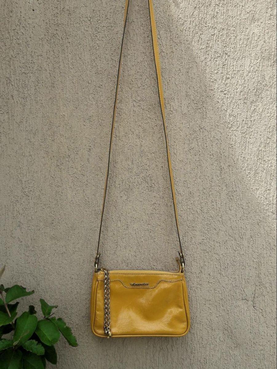 fd464de14 bolsa amarela de couro - de mão anandra.  Czm6ly9wag90b3muzw5qb2vplmnvbs5ici9wcm9kdwn0cy84mjcwmdyzlzk5ntmymjuwyjq3njmyzjlingiyymu0mty2ogzhzgrjlmpwzw
