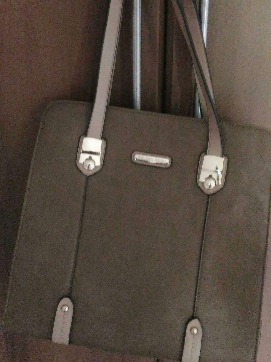 d1263a980 Bolsa Comprida com Alças Removíveis | Bolsa de mão Feminina Golden ...