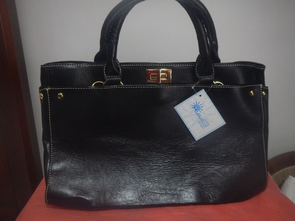 4479fb602 bolsa de couro legitimo preto - ombro amarelle.  Czm6ly9wag90b3muzw5qb2vplmnvbs5ici9wcm9kdwn0cy85mti4mduvmthlzmexzmm1zjnhmje5mzg2ywyyzdjlyjmwywq3ntyuanbn