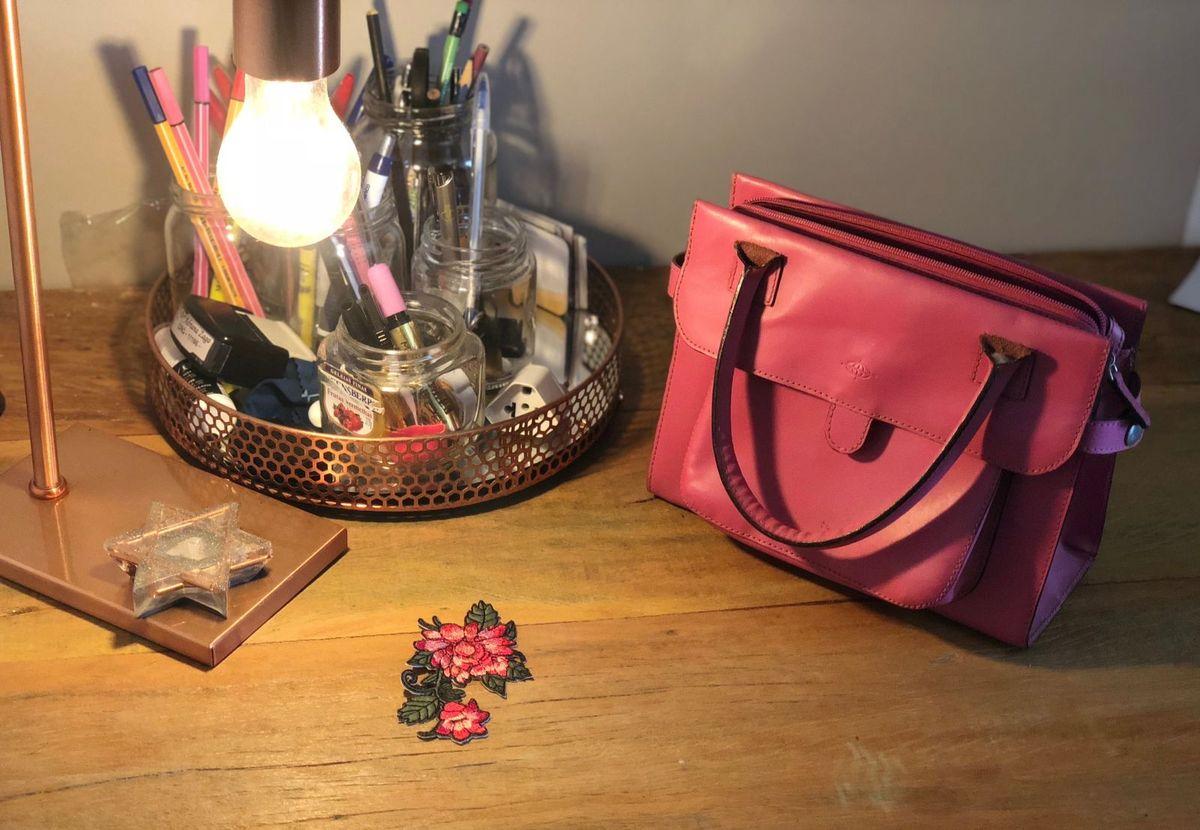 08c3a8cef bolsa de couro rosa da triton - bolsas triton.  Czm6ly9wag90b3muzw5qb2vplmnvbs5ici9wcm9kdwn0cy85mtuxotmyl2rimjuxzdq4nje1ngyzoti2nweyy2q4nzhjmtvky2fjlmpwzw