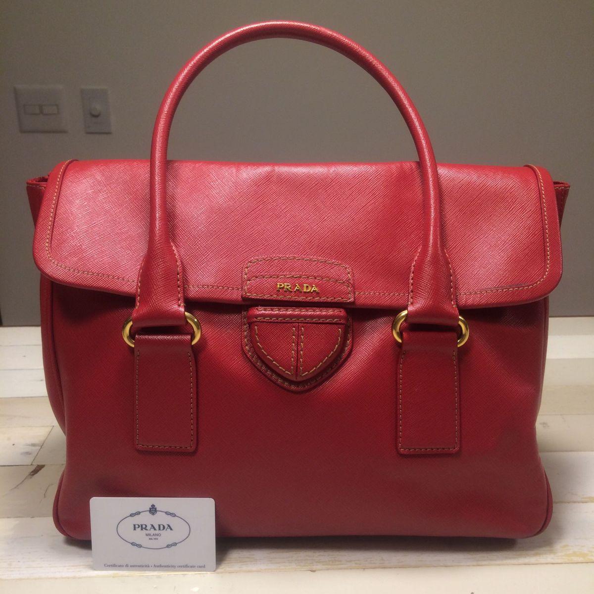 3dc18f4a3 Bolsa Escândalo Vermelha Couro Prada | Bolsa de Ombro Feminina Prada Usado  1442289 | enjoei