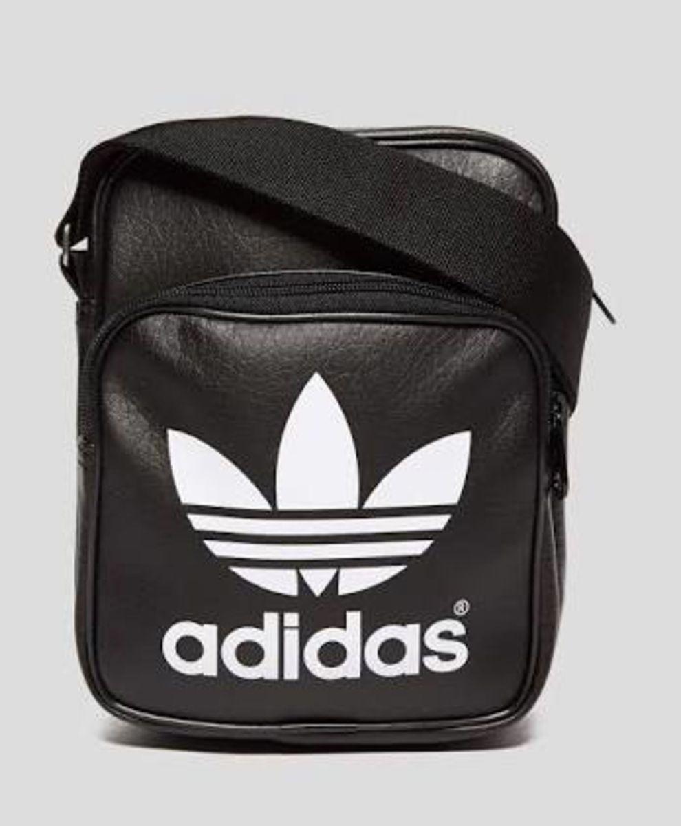f7ef81c1c bolsa mini bag adidas - de mão adidas.  Czm6ly9wag90b3muzw5qb2vplmnvbs5ici9wcm9kdwn0cy81otaxmjczlznmy2iwmmvkyzi0oddmy2y5ogniote5zgexnzdhywrmlmpwzw
