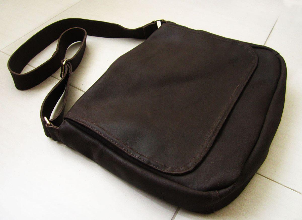fa2f742c0 bolsa office couro rústico marrom - bolsas kievv.  Czm6ly9wag90b3muzw5qb2vplmnvbs5ici9wcm9kdwn0cy8ymtixnzevmwiynzlkymy4ogiyntjhzdc0yzm0otnhzjg2mje3ztguanbn