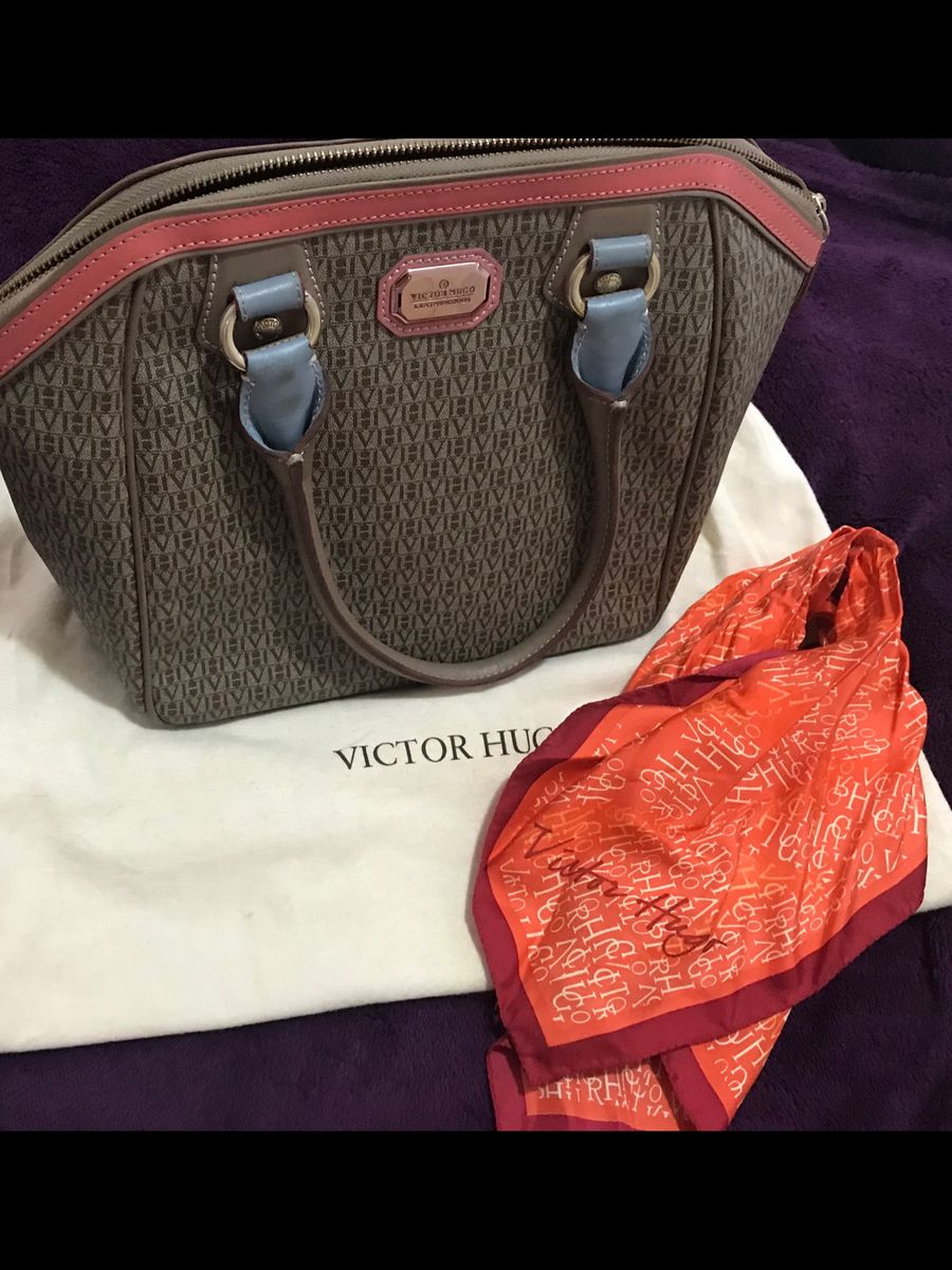cc5c5cc3cfa bolsa original victor hugo + lenço original - lenços victor hugo