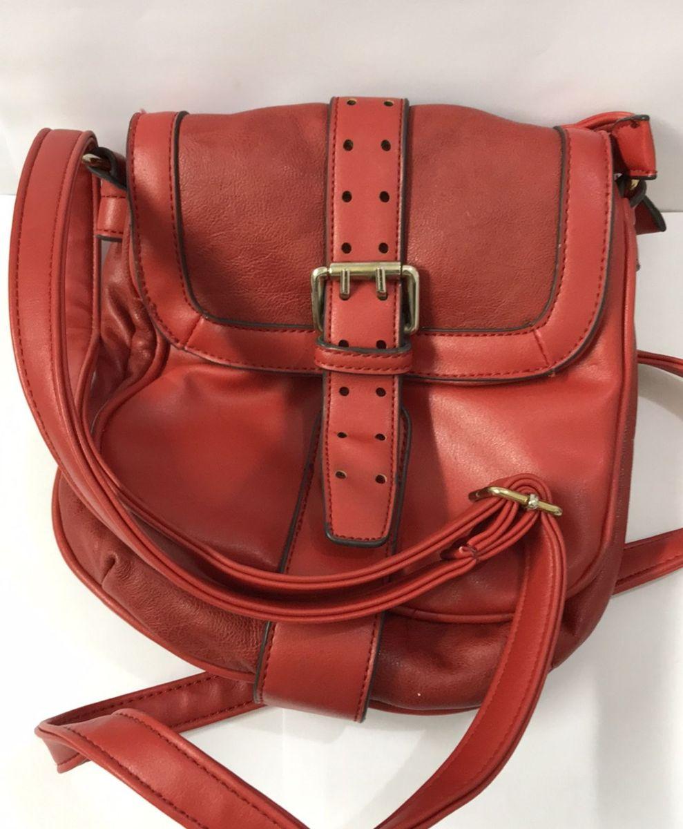 fb14d1fe9 bolsa pequena de couro vermelha - bolsas queens.  Czm6ly9wag90b3muzw5qb2vplmnvbs5ici9wcm9kdwn0cy83mdu0mtuxlzbkzjbmoti0yze3zgjkmjy5mze3njawywu1nmvjn2fklmpwzw  ...
