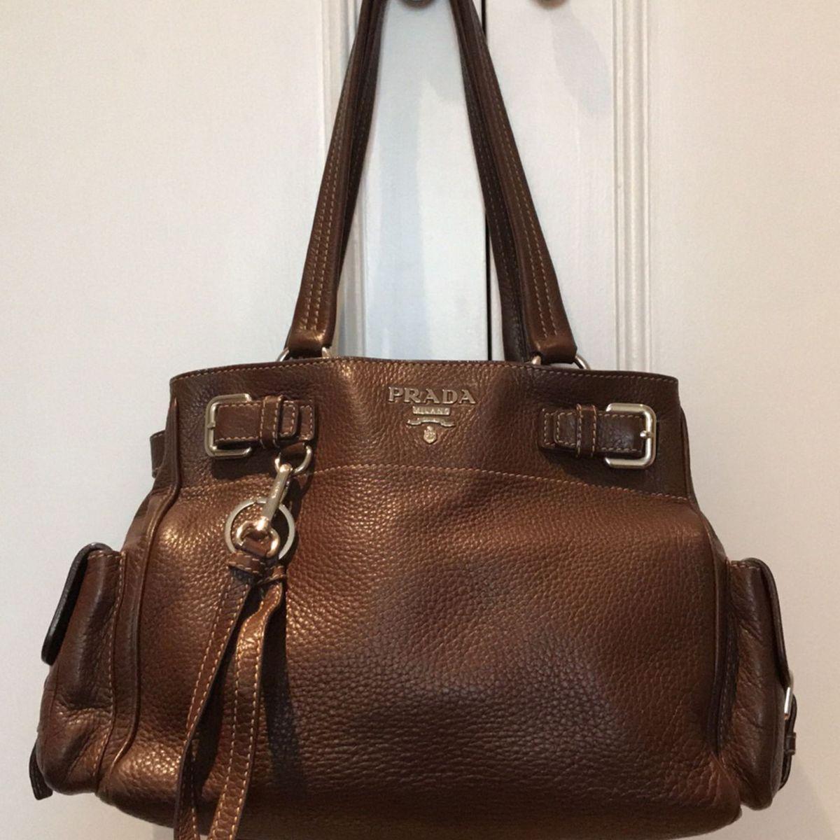 48091bcb5 Bolsa Prada Original Couro Marrom com Cartão de Autenticidade e Dust Bag |  Bolsa de Ombro Feminina Prada Usado 29145502 | enjoei