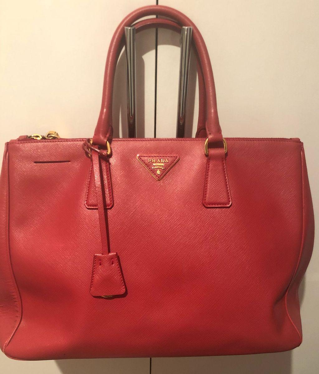 ba0122f82 Bolsa Prada Original Couro Vermelha Saffiano | Bolsa de mão Feminina ...