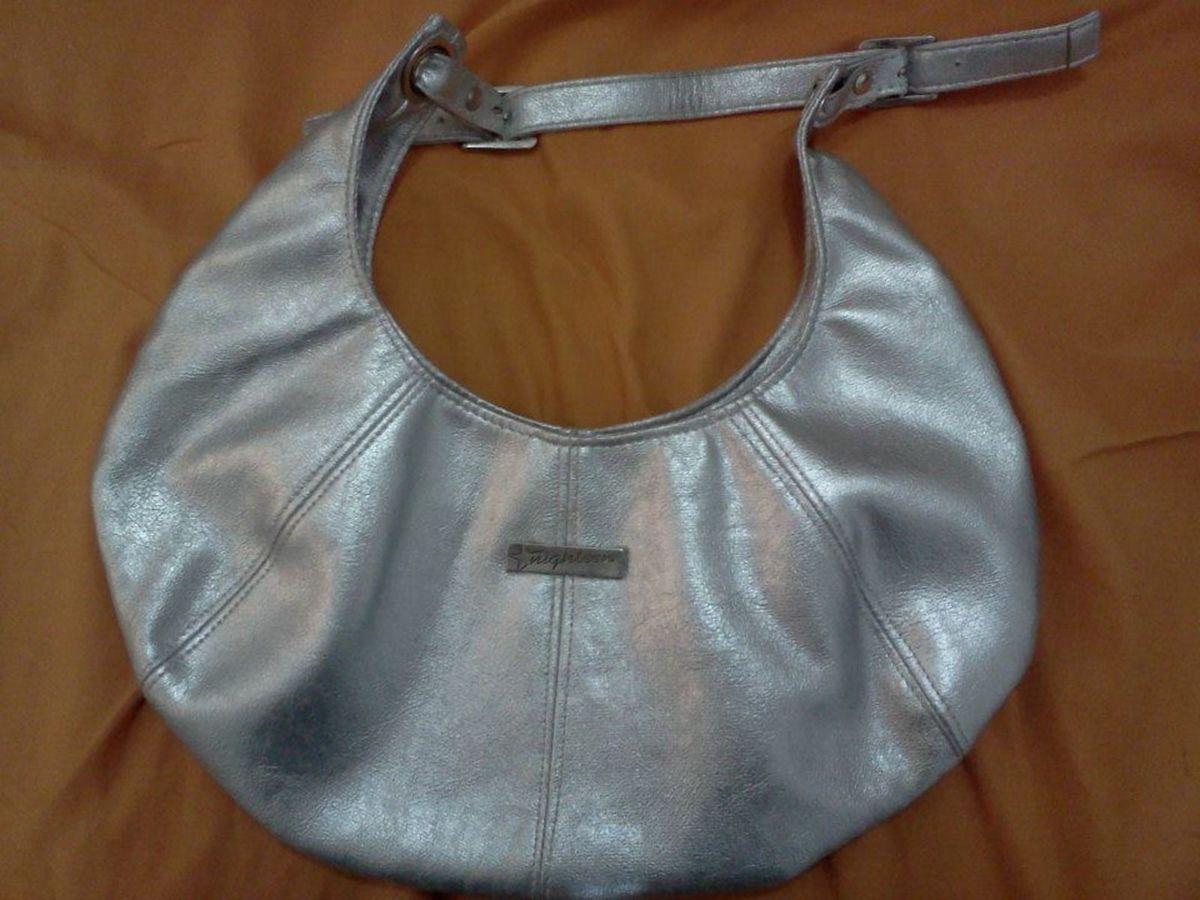 c707fcf56 bolsa prata meia lua - ombro sem-marca.  Czm6ly9wag90b3muzw5qb2vplmnvbs5ici9wcm9kdwn0cy8xmjm5otyvzgvimgzjogm5mtk5zjc4zmm0ntzimjuxmgq1mjg2ywmuanbn
