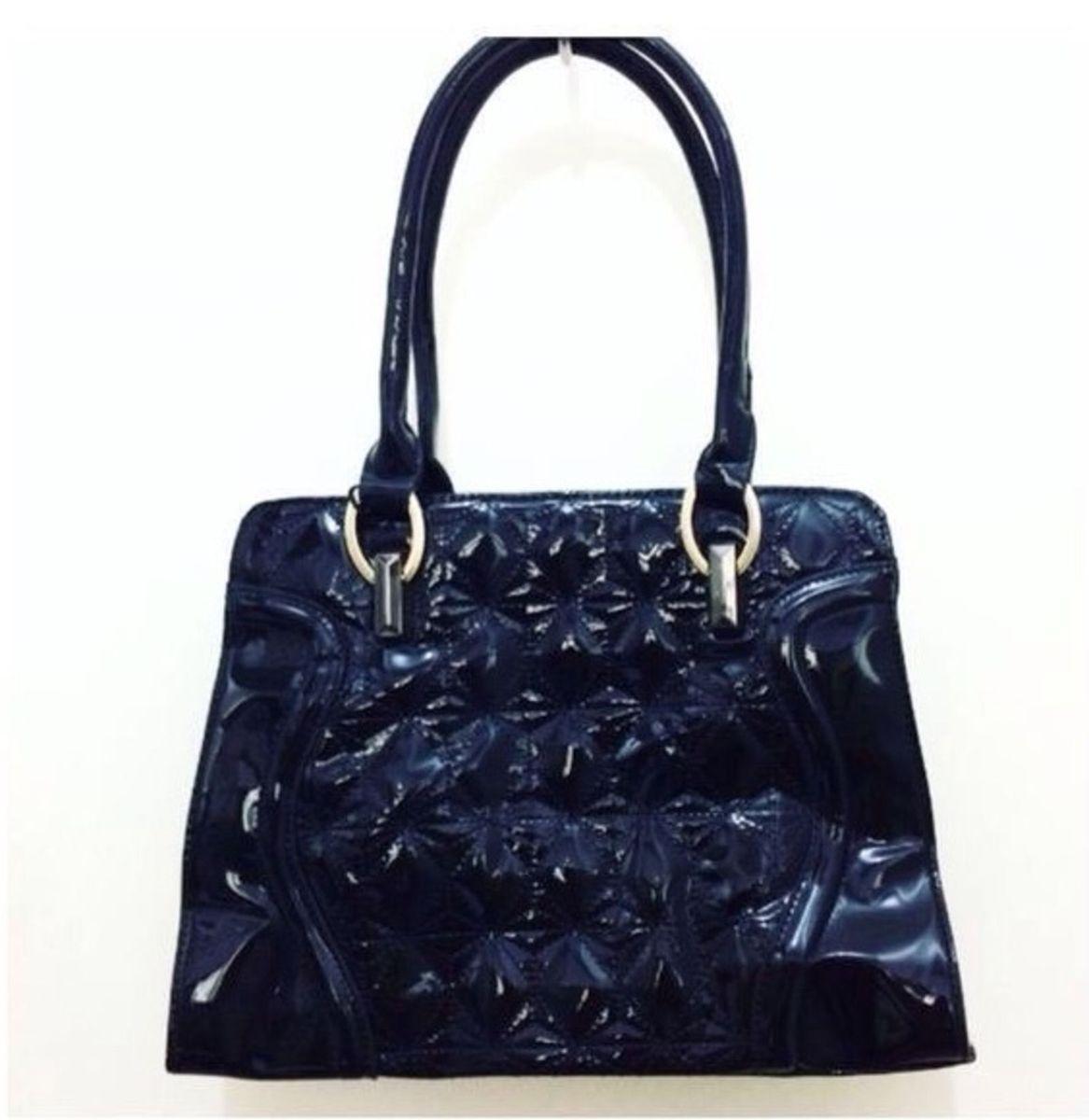 7dd08d5a1 bolsa preta fashion queen - ombro fashion-queen.  Czm6ly9wag90b3muzw5qb2vplmnvbs5ici9wcm9kdwn0cy85ote5mtm3l2iynjmyoge5ymq1mgm4zgu2mtewmjnlymq4mjnmm2fklmpwzw