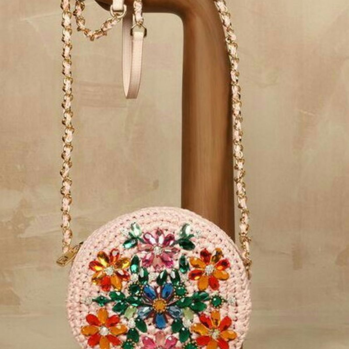 1e8e67415 Bolsa Redonda Crochê Bordada | Clutch Feminina Love Boho Shop Nunca Usado  19962655 | enjoei