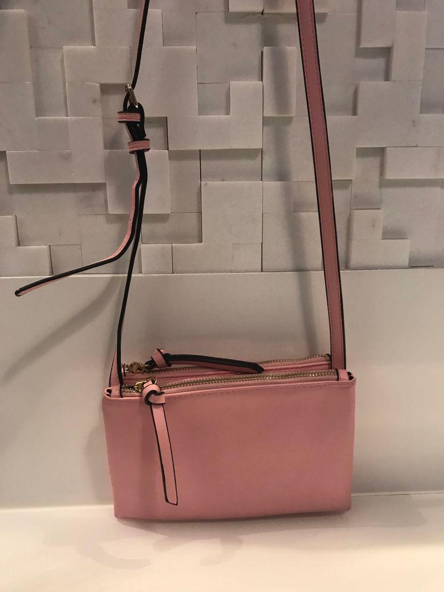 54473d2095c bolsa rosa chiclete - ombro forever-21.  Czm6ly9wag90b3muzw5qb2vplmnvbs5ici9wcm9kdwn0cy8zmzeznzavmty3owm4mji5m2iwzmyxzja1oda1mze3ywm2nwnhmjguanbn  ...