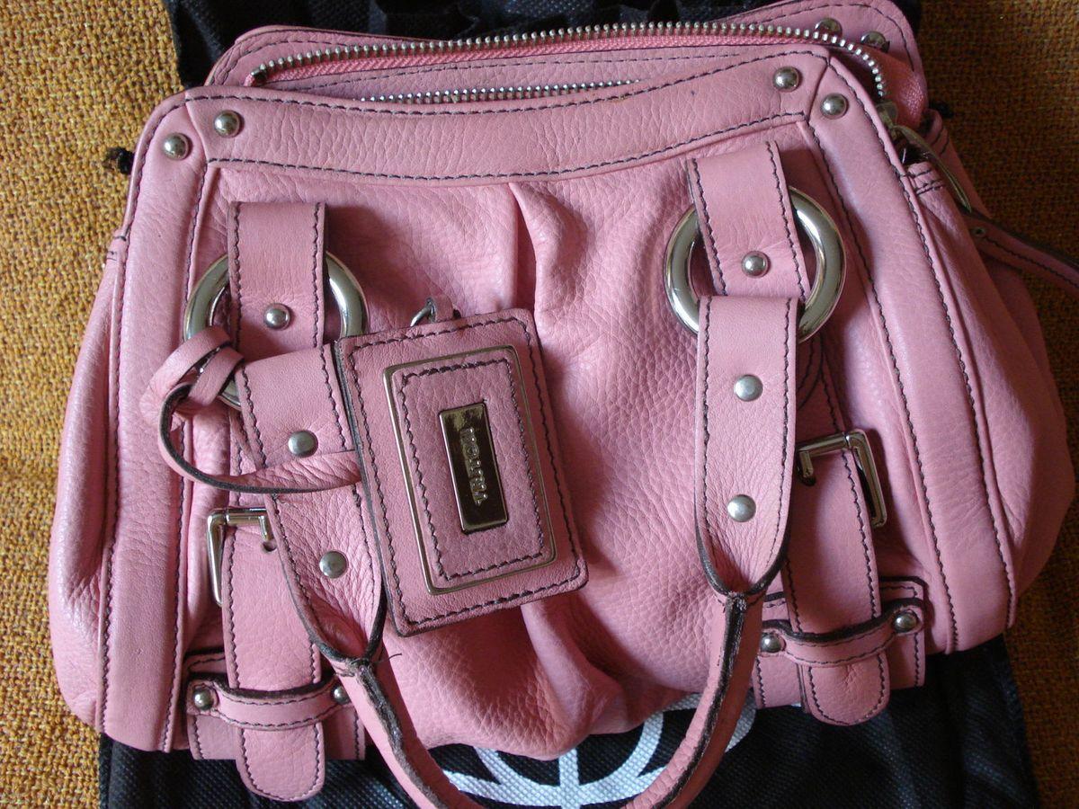 c0f848114 bolsa rosa triton original - de mão triton.  Czm6ly9wag90b3muzw5qb2vplmnvbs5ici9wcm9kdwn0cy80nzyylzg2ognjyjy0ngnkymzizwnmmze0nzc5nzfjm2vjowq0lmpwzw