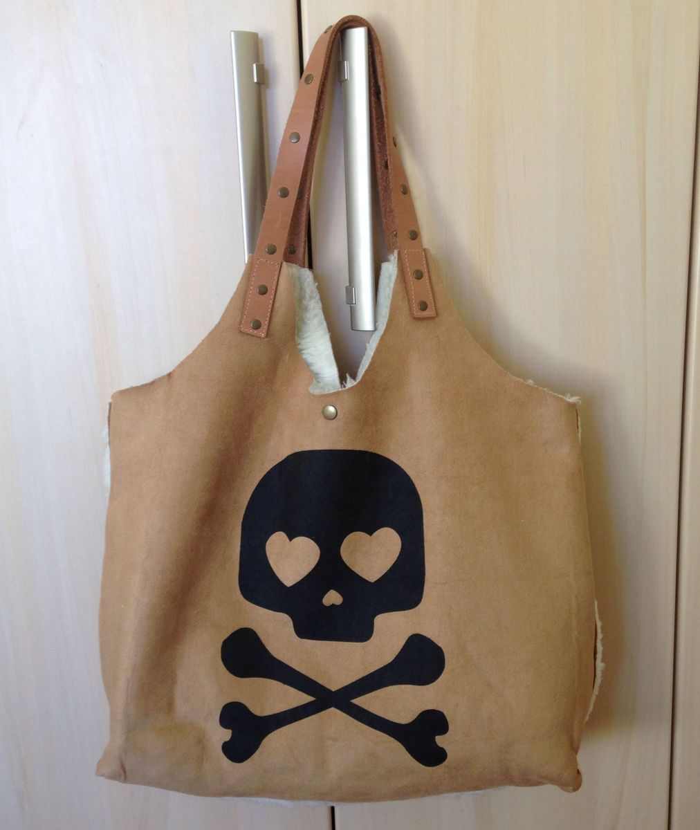 a85edca6f4a bolsa sacola com estampa de caveira - ombro sem marca