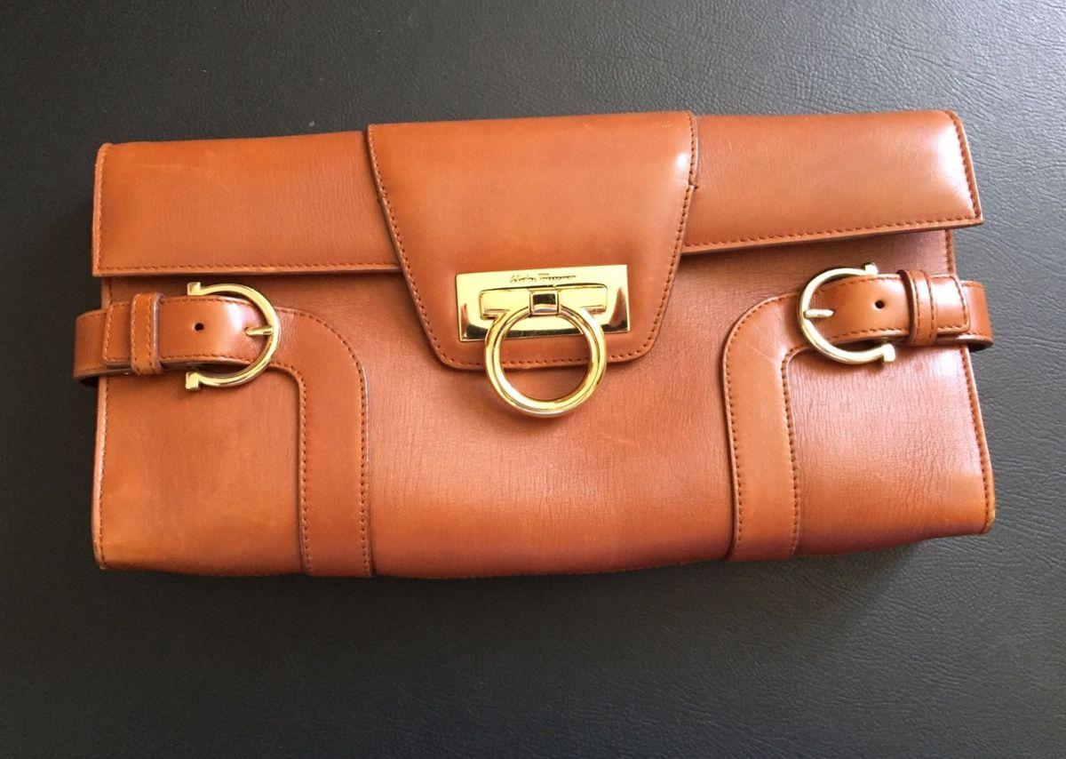 9b64ebefecf43 Bolsa Salvatore Ferragamo Linda e Chiquérrima! Ótimo Preço ...