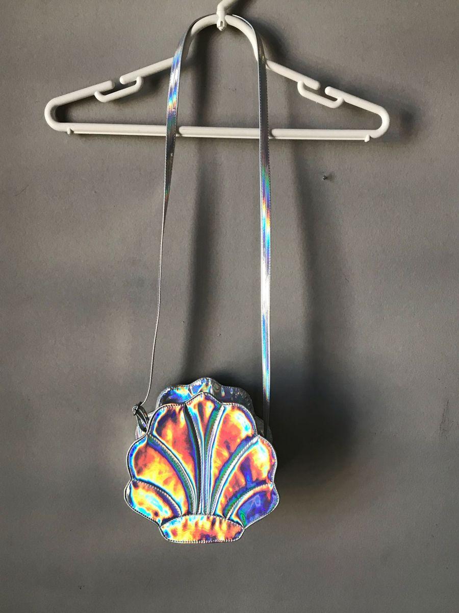 bolsa transpassada concha holográfica - menina importada