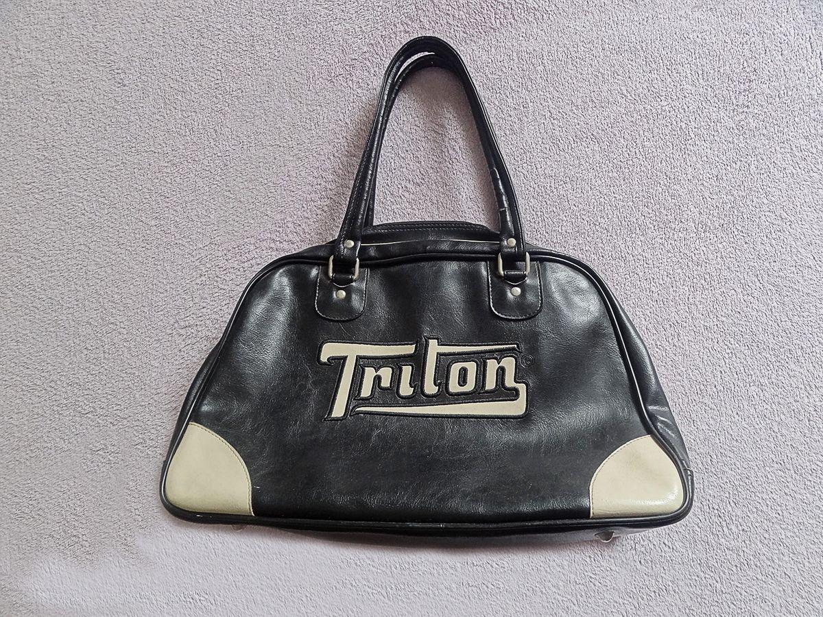 a6fbf0c2a bolsa triton - ombro triton.  Czm6ly9wag90b3muzw5qb2vplmnvbs5ici9wcm9kdwn0cy82nzgymtu0lzfkyjazntg2mmfinjdmnjdjyjbkmjc5ymyzodmwzthilmpwzw