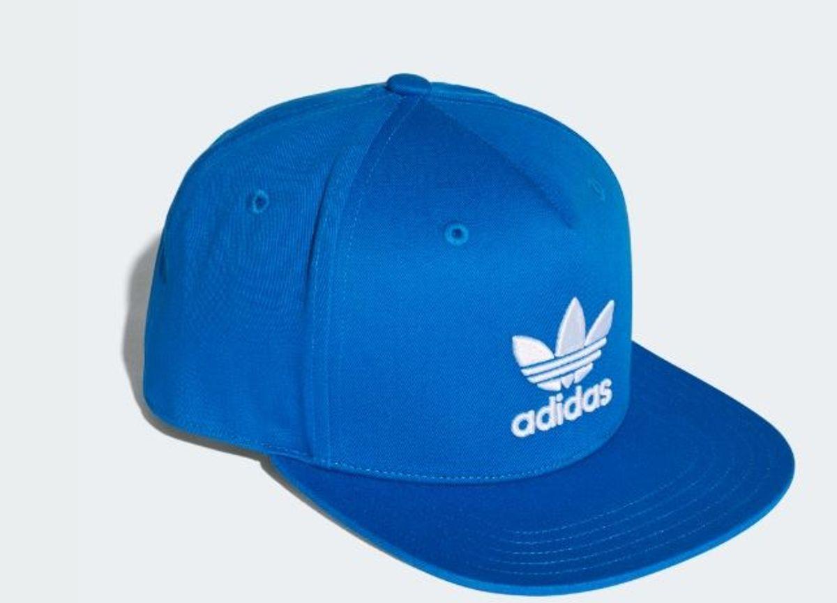 boné adidas trefoil flat azul - bonés adidas.  Czm6ly9wag90b3muzw5qb2vplmnvbs5ici9wcm9kdwn0cy81mdc4mtyvy2q4zjg1zdjhodu3zmfhngiyntgwzgjlzguwzwexnweuanbn  ... 32810b9a8c6