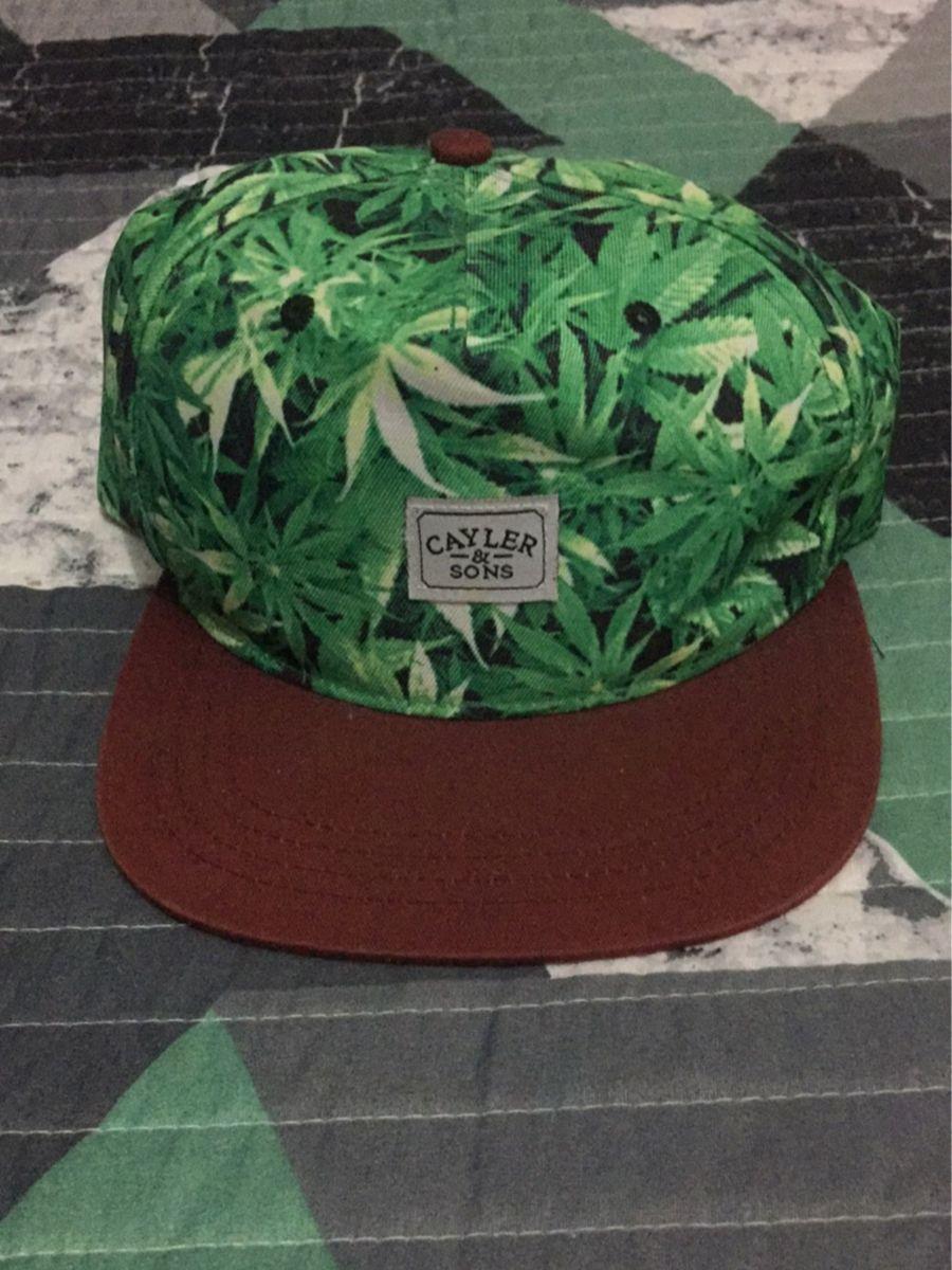 boné cayler cannabis snapback - bonés cayler.  Czm6ly9wag90b3muzw5qb2vplmnvbs5ici9wcm9kdwn0cy81nzkymjm1lzjiztu0zdc2nzfkzjy4y2qzmwexndbknwnjyja0yzhllmpwzw  ... a03707aca45
