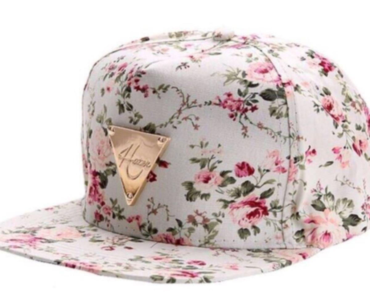 6a46bbe8c7162 boné florido - chapeu sem marca.  Czm6ly9wag90b3muzw5qb2vplmnvbs5ici9wcm9kdwn0cy83nzg1nza2lzlmymmxnwm4odazzdk2njhkmgi4ndawywi5yjbimdvmlmpwzw  ...