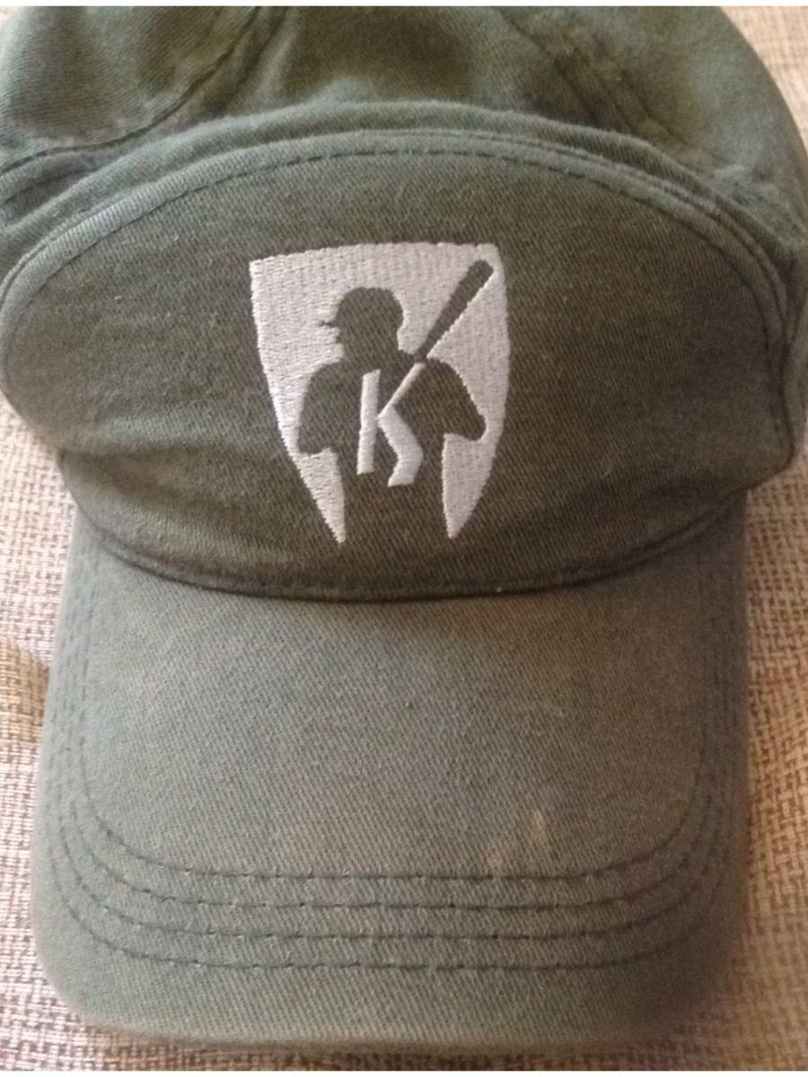 boné mr kitsch - bonés mr. kitsch.  Czm6ly9wag90b3muzw5qb2vplmnvbs5ici9wcm9kdwn0cy80ntyxotm1lzvioguymdbmmzfhnzfinddhyjy5nzgymdayywy4ytjmlmpwzw  ... b16842da0fb